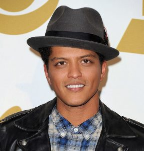Bruno Mars Net Worth 2019, Early Life, Body, and Career