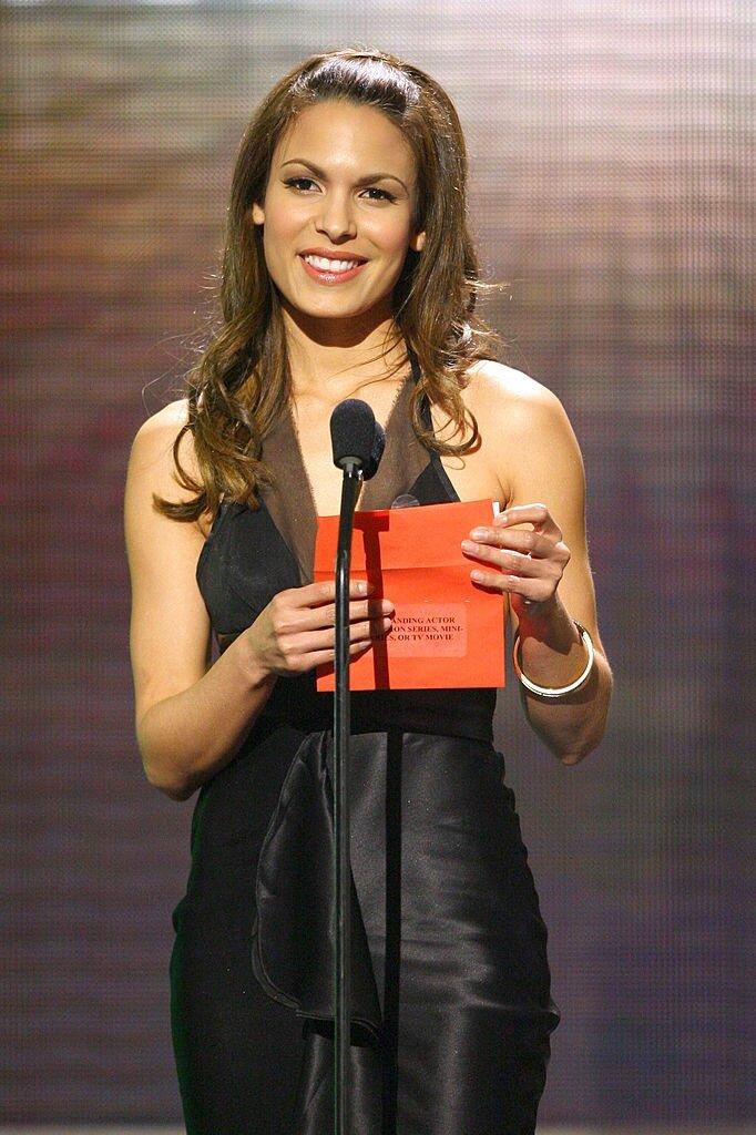 Nadine Velazquez Net