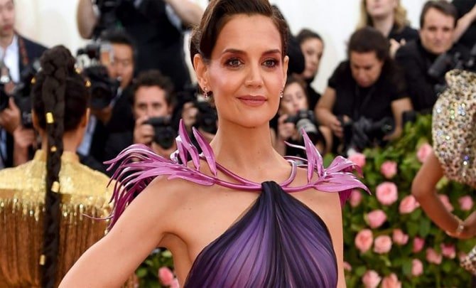 Katie Holmes Family 2020, Biography, and Current Net Worth Updates