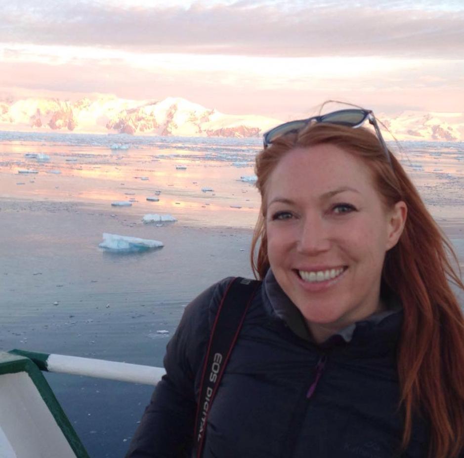 Amanda Woods Net Worth 2020, Bio, Relationship, and Career Updates