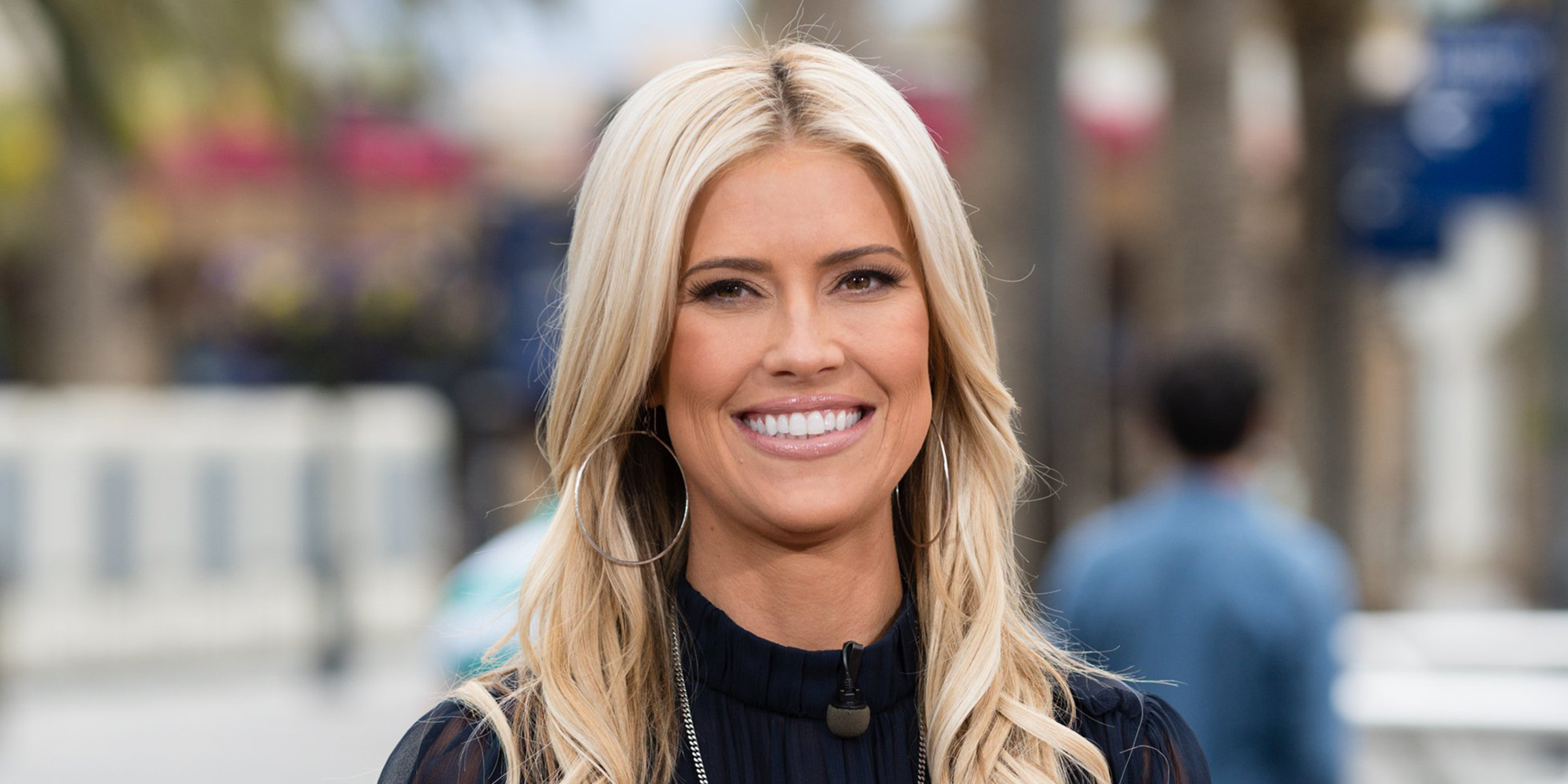 Louise Anstead Net Worth 2020, Bio, Relationship, and Career Updates