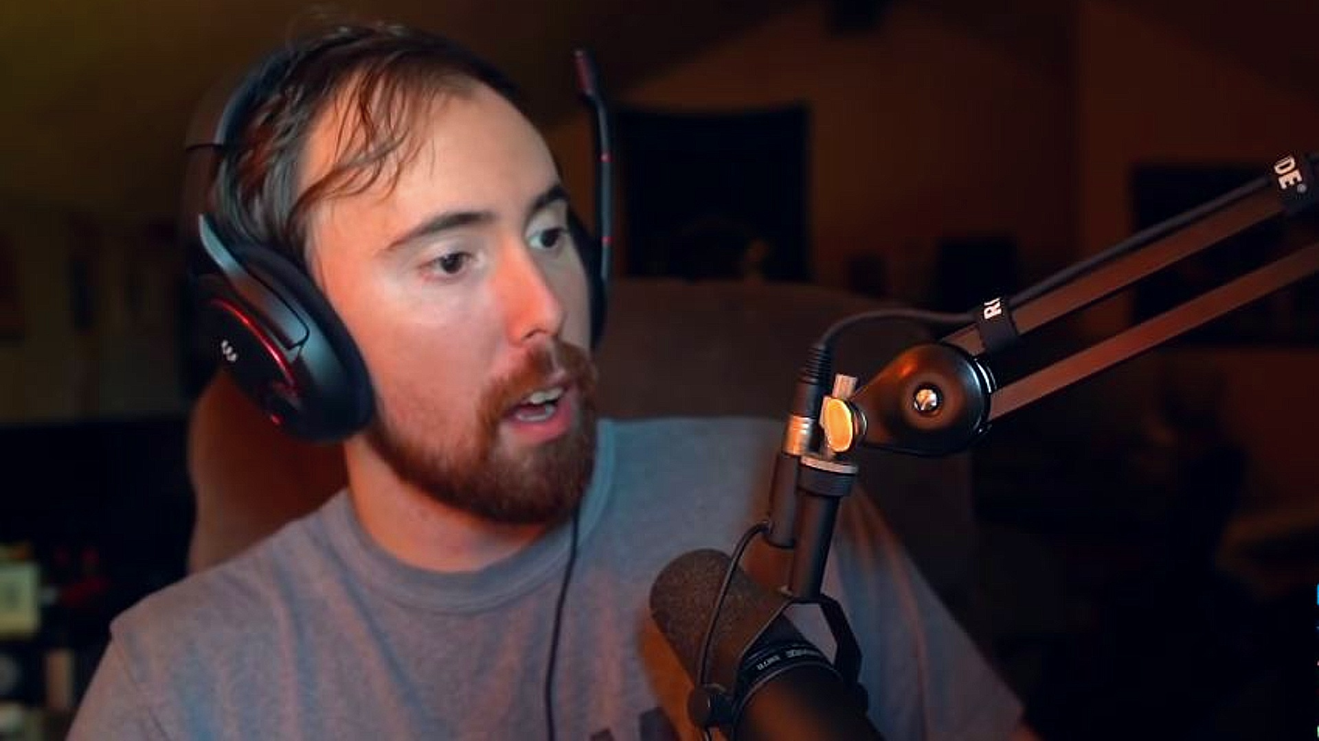 Asmongold Net Worth 2021, Early Life, Career, Girlfriend, and Awards